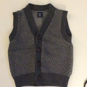 BABY GAP BOYS HERRINGBONE BUTTON UP VEST. 12/18